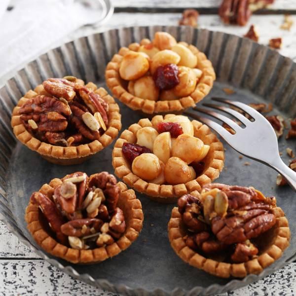 雙堅豆陣綜合堅果塔禮盒 櫻桃爺爺,堅果塔,手工,伴手禮,胡桃,火山豆