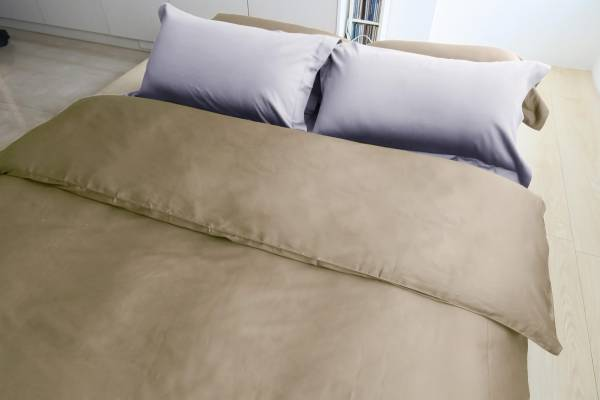 E017 棕綠 被單6x7呎 枕套組 | azomaco灰色床包枕套組