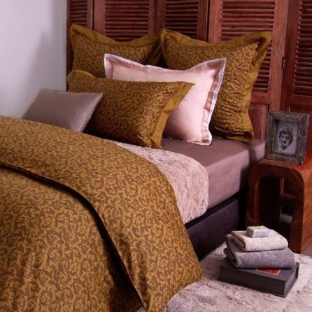 Azomaco印花四件式床組-A214 棕/黃 床包尺寸:5x6.2呎x30cm(約150x186x30 cm) ; 被子尺寸:6x7呎(約180x210 cm)
