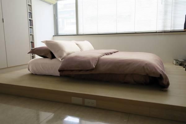 E013 深卡其 被單6x7呎 枕套組 | azomaco杏色床包枕套組