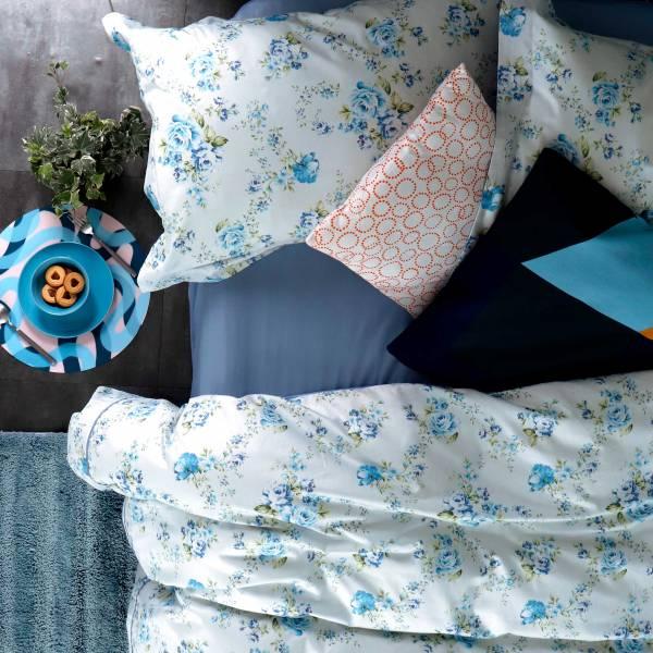 (QUEEN加大被套)La Fatte新品|印花四件式床組-LAT09 英倫玫瑰 藍   加大雙⼈床包加大被單組 8*7 ST 6*6.2*35