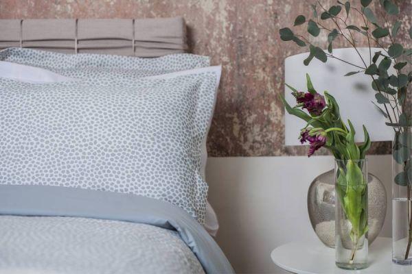 Crystal Dots頂級原裝埃及棉緞織四件式床組(Queen床包+一般被套)