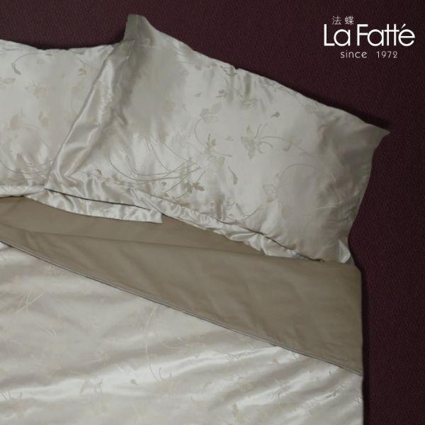 (Quenn)La Fatte新品|緹花兩用被四件式床組-LAT50 蝶戀花 加大雙⼈床包6*6.2呎30cm被單組6*7呎