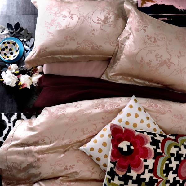 (KING加大被套)La Fatte新品| 8*7 ST 6*7*35 緹花四件式床組-LAT13 星川夢 粉/⾦ 雙人特大床包加大被單組