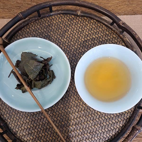 【貴妃烏龍】杉林溪茶園150g 蟲咬茶 著蜒蜜香 限量茶 【貴妃烏龍】杉林溪茶園 蟲咬茶 著蜒蜜香 限量茶