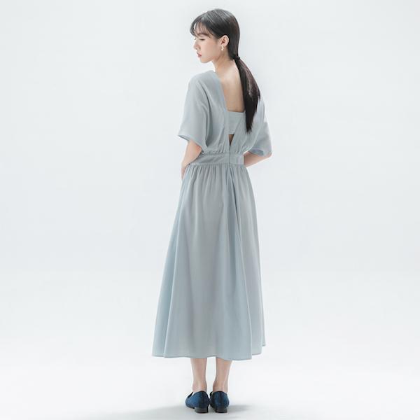 Galaxy_銀河晚宴鏤空洋裝_淺灰藍
