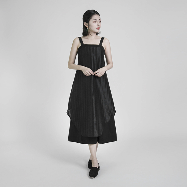 Swish 絮語拼接洋裝_黑