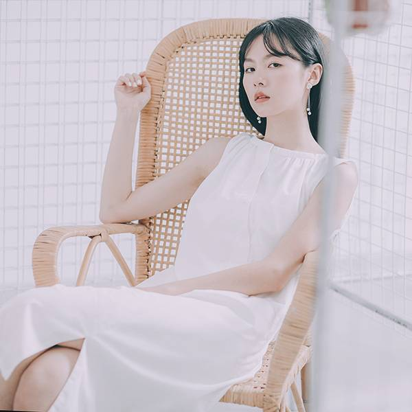 Flowery_花語開衩洋裝_白
