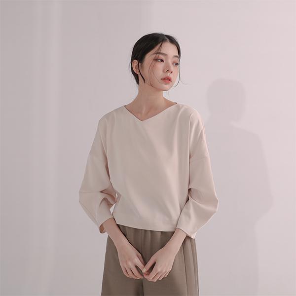 Tansuo_探索立體剪裁上衣_卡其