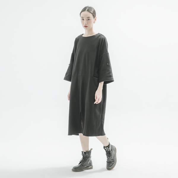Wanderer_遊子寬鬆洋裝_黑