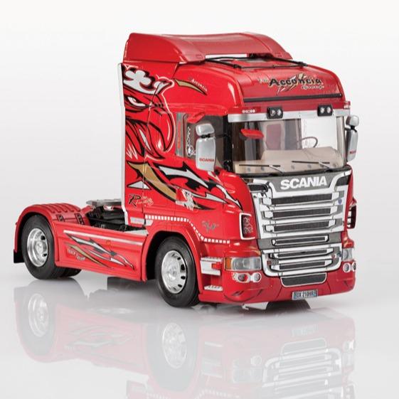 ITALERI 義大利模型 1/24 NO.3882 SCANIA R560 HIGHLINE Red Griffin 組裝模型 ITALERI,義大利模型,1/24,NO.3882,SCANIA R560 HIGHLINE Red Griffin,組裝模型