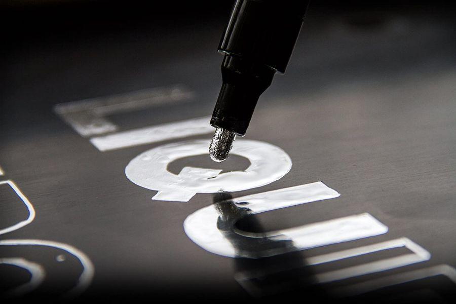 Liquid Chrome 高金屬光澤 液態鉻鏡面筆 1mm/2mm/4mm 各別販售 模型製作工具 Liquid Chrome 高金屬光澤 液態鉻鏡面筆 1mm/2mm/4mm 各別販售 模型製作工具