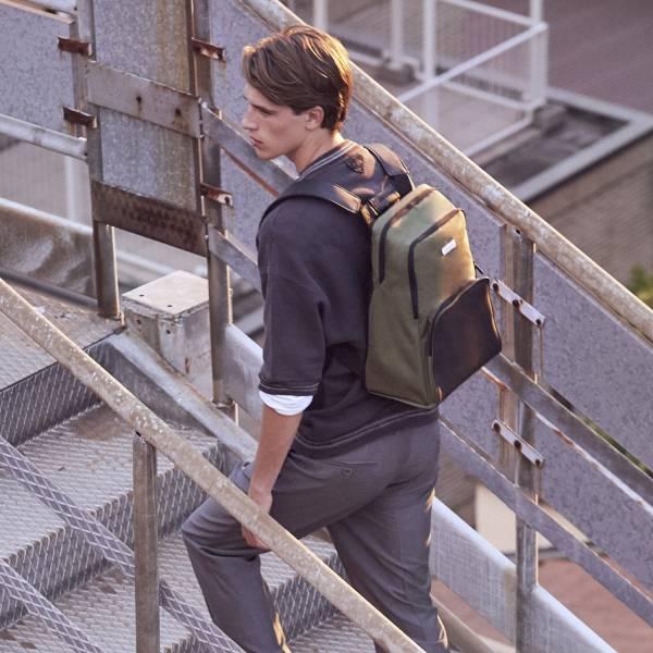 NOMAD中型背包