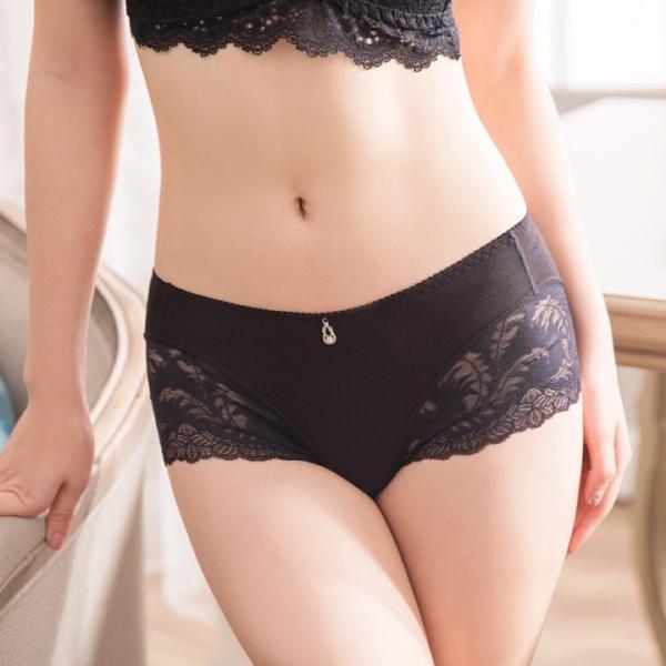 TJP 法式浪漫性感蕾絲中低腰內褲-黑色