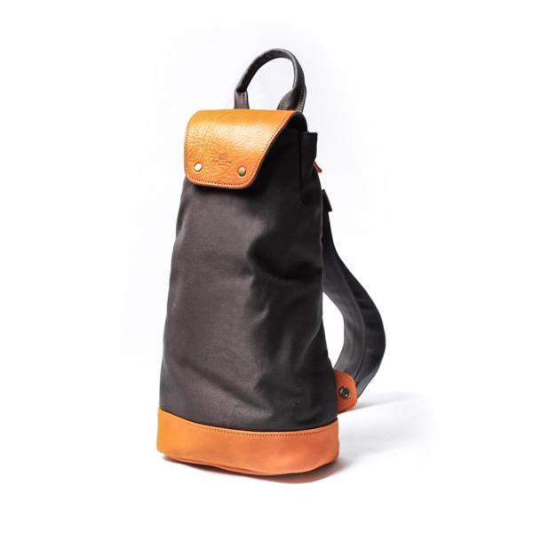 手作進口真皮樂咖包 LOCA包 帆布包 胸包 禮品 (深灰色) 真皮樂咖包