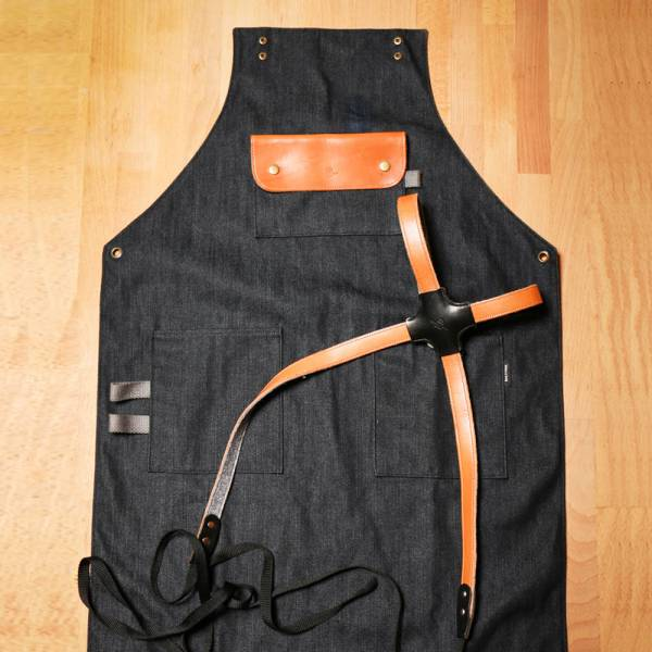 皮革工作圍裙(棕色肩掛式)  進口皮革手工工作圍裙(棕色肩掛式) 門市保固 職人指定品牌