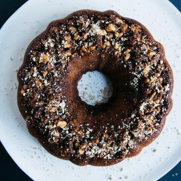 《飽食終日樸素堅果蛋糕》
