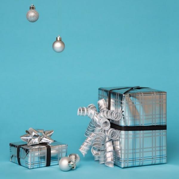 《Tiffany綠 緞帶禮物盒》