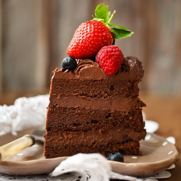《讓高牆倒下吧草莓巧克力切片蛋糕》