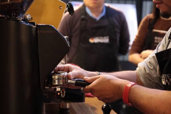 Latte Art 基礎班先修課程 拉花課程