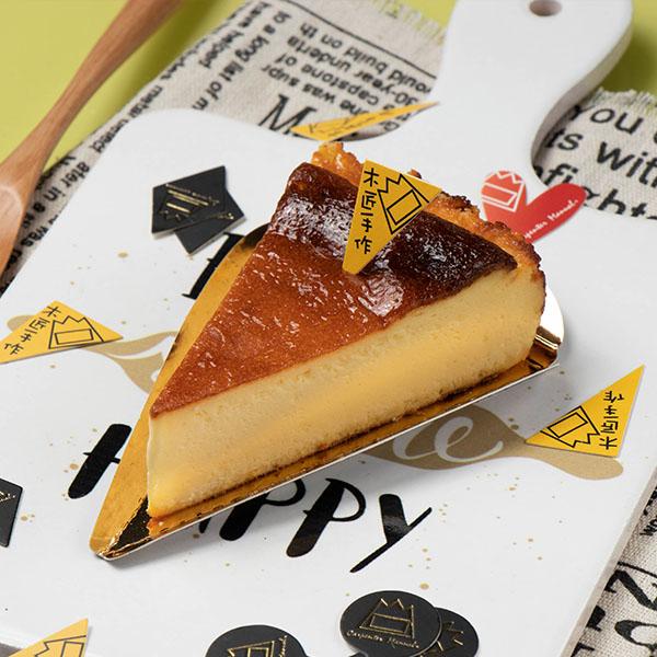 阿丑重乳酪 蛋糕;鈔票;岩燒;蜂蜜;芋頭;大甲