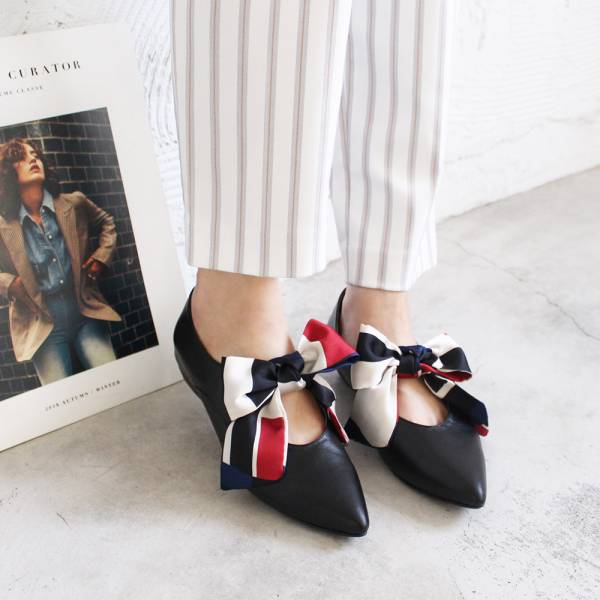 【預購】優雅緞布蝴蝶結低跟鞋-黑