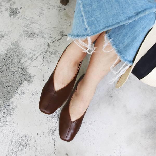 【預購】世界系列_日本製Recipe真皮V口造型便鞋_棕