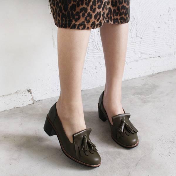 【訂製】真皮流蘇樂福粗跟鞋-軍綠