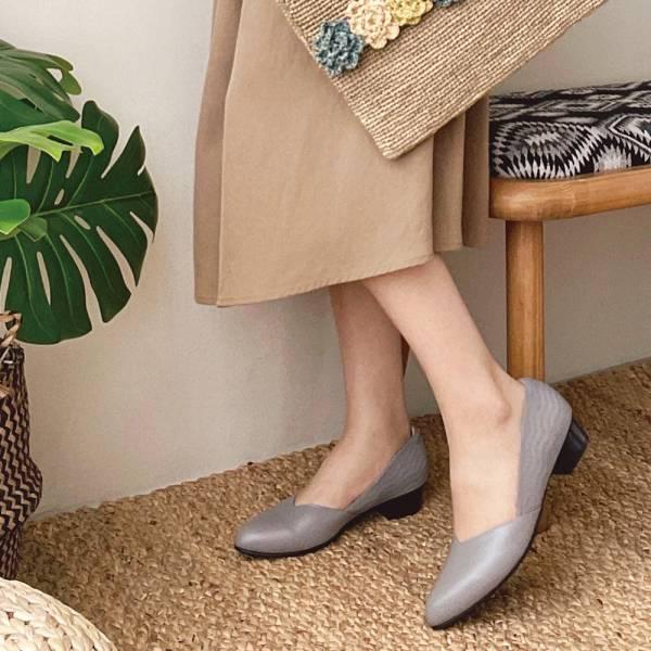 【手工訂製】後踵防磨設計_前V側V修飾腳型通勤低跟鞋_灰