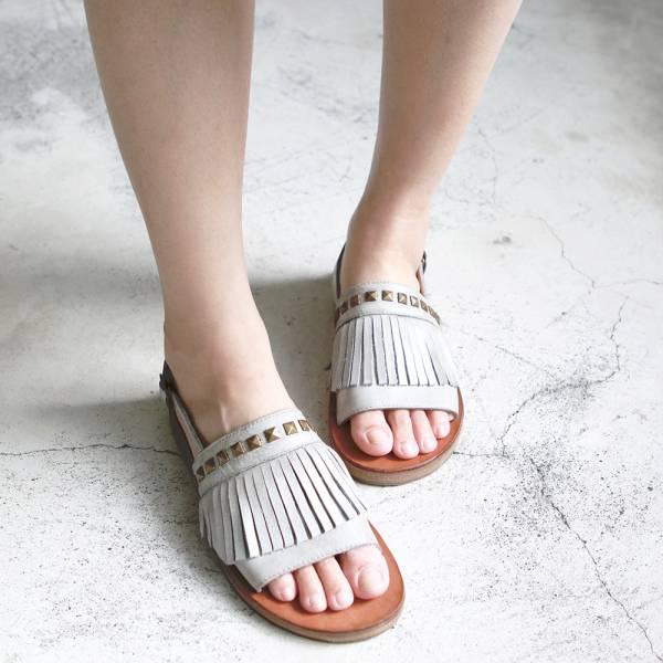 【現貨】世界系列流蘇金字塔扣皮底涼鞋-灰