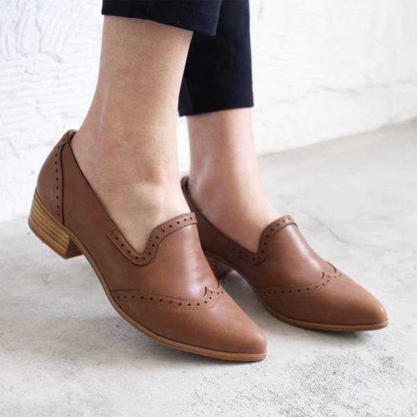 【訂製】外尖內圓真皮沖孔中跟牛津鞋-淺棕