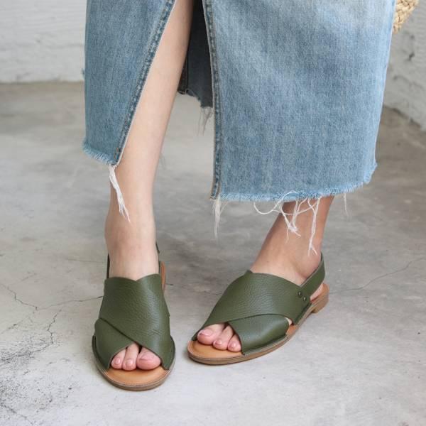 【預購】世界系列_日本製Recipe寬版交叉軟皮涼鞋-橄欖綠