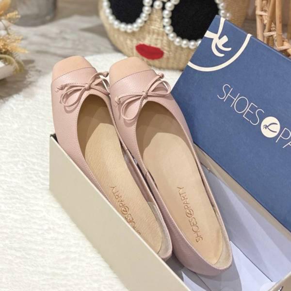 【現貨】拼接設計小方頭真皮芭蕾舞鞋_淺粉