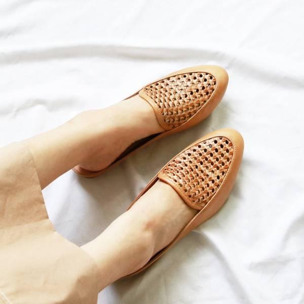 【現貨】一套就走,真皮手工編織穆勒鞋-淺駝