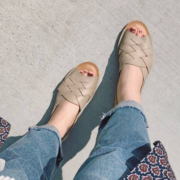 【預購】世界系列_日本製Recipe魚口設計編織涼鞋_米灰