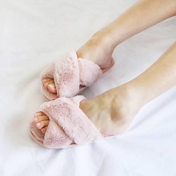 【現貨】暖腳靠他,毛毛室內拖鞋-粉
