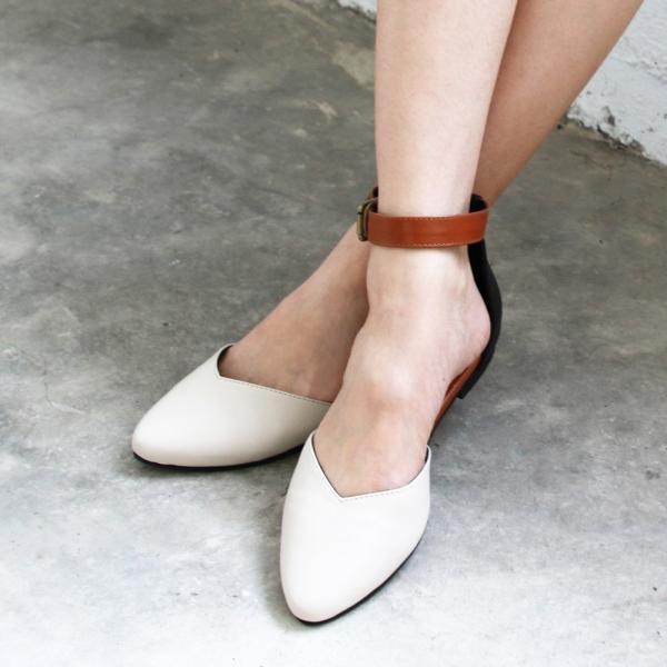 【訂製】寬腳版可穿,配色腳踝帶真皮便鞋-米白