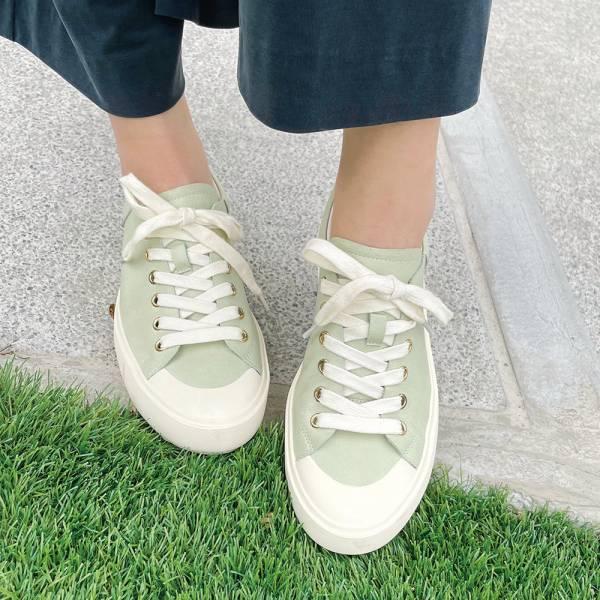 【現貨】世界系列_月兒彎彎真皮綁帶休閒鞋_淺綠