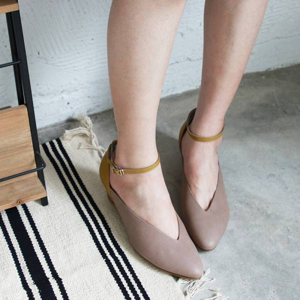 【手工訂製】小腳效果,個性V口繫帶跟鞋_黃