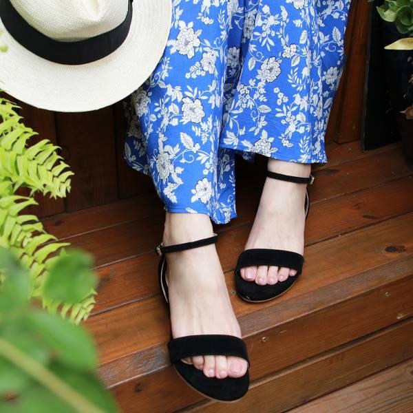 【訂製】小坡跟一字帶涼鞋-黑