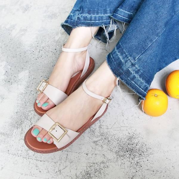【訂製】Simple+個性大飾扣漢堡底涼鞋-米白