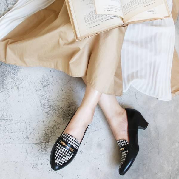 【訂製】飾扣真皮樂福跟鞋-黑