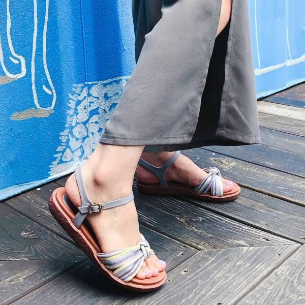 【訂製】Simple+蝴蝶結扭結漢堡底涼鞋-莫蘭迪
