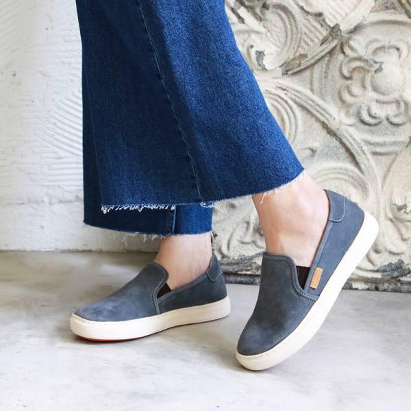 【現貨】一套就走,軟綿綿真皮懶人休閒鞋-藍