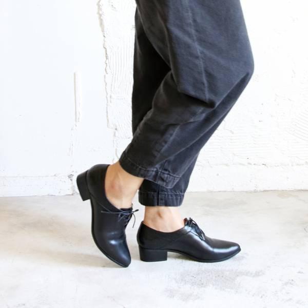 【手工訂製】小V造型_拼接設計綁帶踝靴_黑