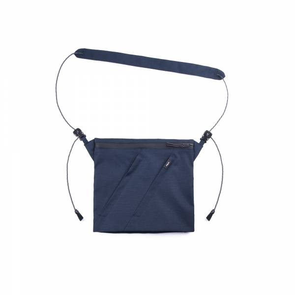 oqLiq - Project 06.2 - River sacoche bag - medium - navy