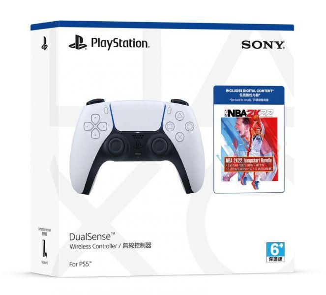 台灣代理貨 全新 SONY 原廠 PS5 無線控制器(白色) +《NBA 2K22》Jumpstart 包組合, 憑發票自送原廠保固一年