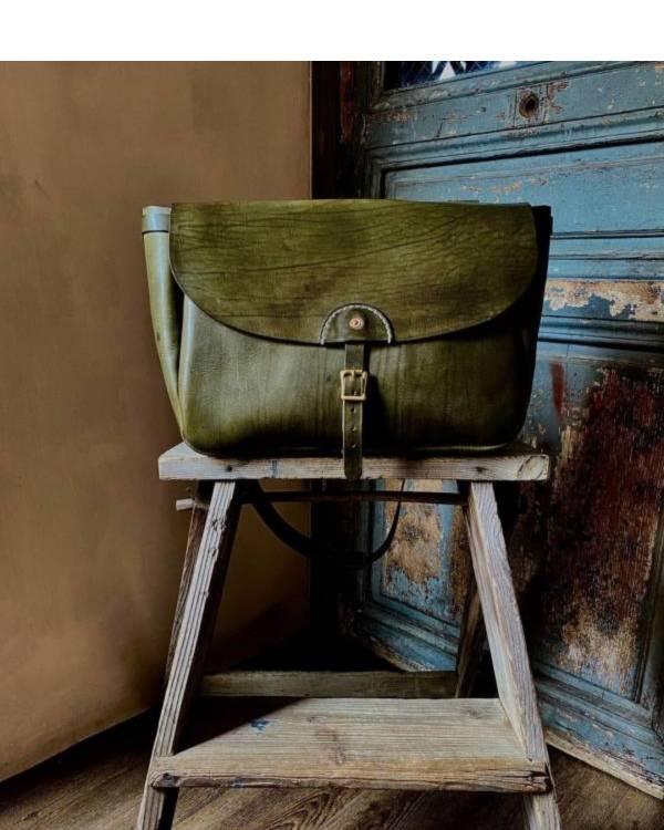 S.F.K. 1950′S Type mail Bag/茶綠 Faith,Faith co,leather goods, made in Taiwan,植鞣皮革,台南,台南逛街,台南男裝,選物店,老派,mr old,mail bag