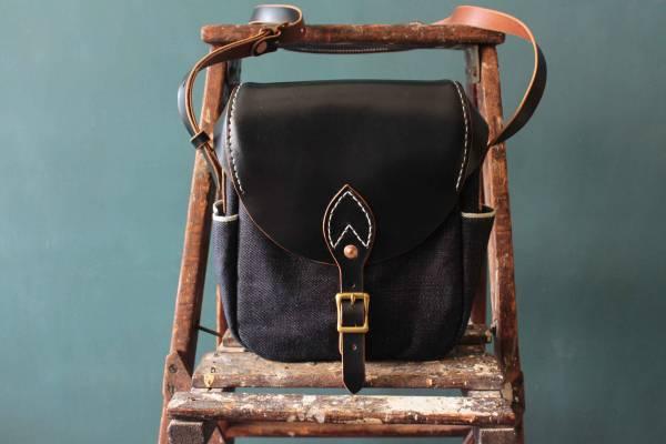 S.F.K. Crossbody bag/茶芯黑 Faith,Faith co,leather goods, made in Taiwan,植鞣皮革,台南,台南逛街,台南男裝,選物店,老派,mr old
