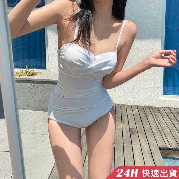【現貨】梨卡 - 火辣性感[有胸墊+集中鋼圈]紅色三角遮肚顯瘦連身溫泉泳衣連身泳裝CR502-4 連身泳衣,比基尼,泳裝,性感,後綁帶,挖空,露背,比基尼,泳衣